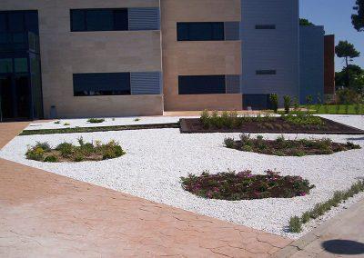 trabajos1-de-diseno-de-jardines-en-valladolid